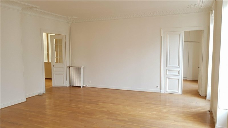 Rental apartment Paris 8ème 3 220€ CC - Picture 5