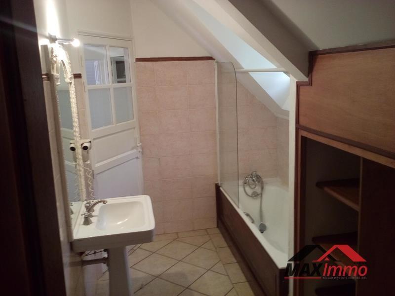 Location maison / villa La montagne 2550€ CC - Photo 8