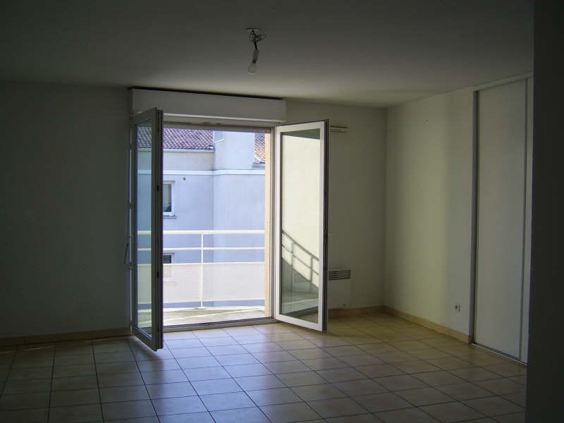 Location appartement Nimes 602€ CC - Photo 2