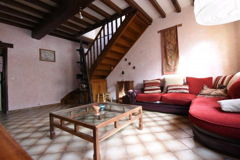 Sale house / villa Neuilly en thelle 254000€ - Picture 2
