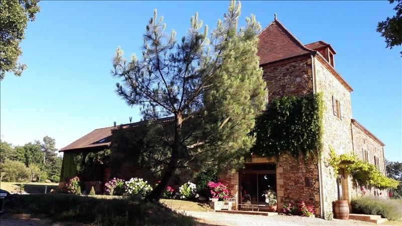 Deluxe sale house / villa St amand de belves 588000€ - Picture 2