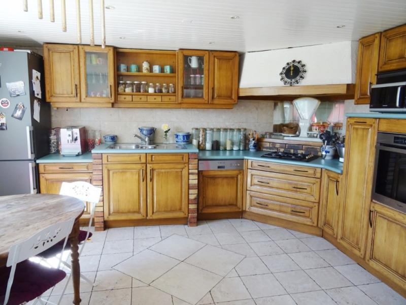 Deluxe sale house / villa Reignier 575000€ - Picture 9
