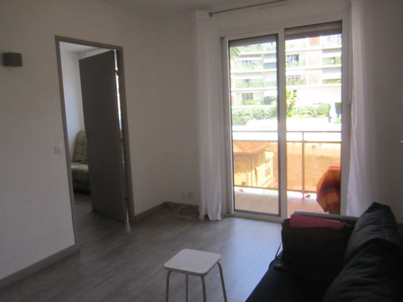 Rental apartment Cagnes sur mer 672€ CC - Picture 1