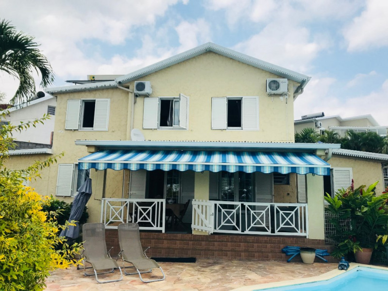 Rental house / villa La possession 1900€ CC - Picture 1