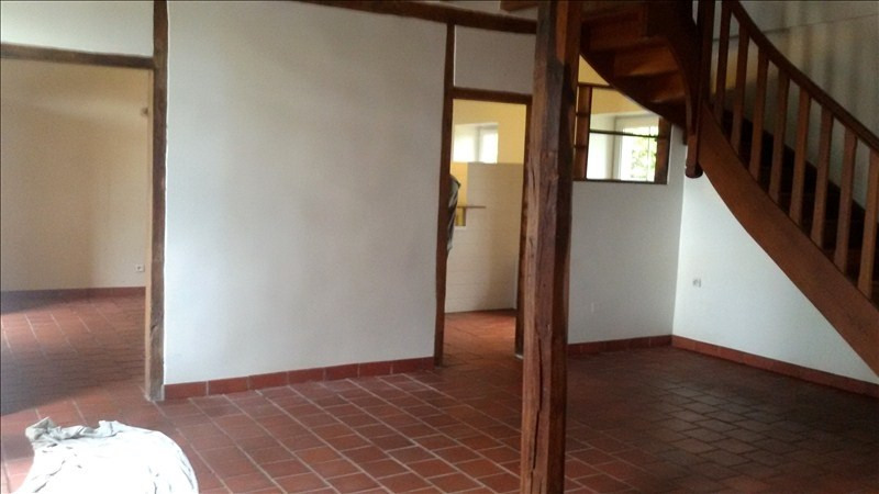 Rental house / villa Franchesse 580€ CC - Picture 2