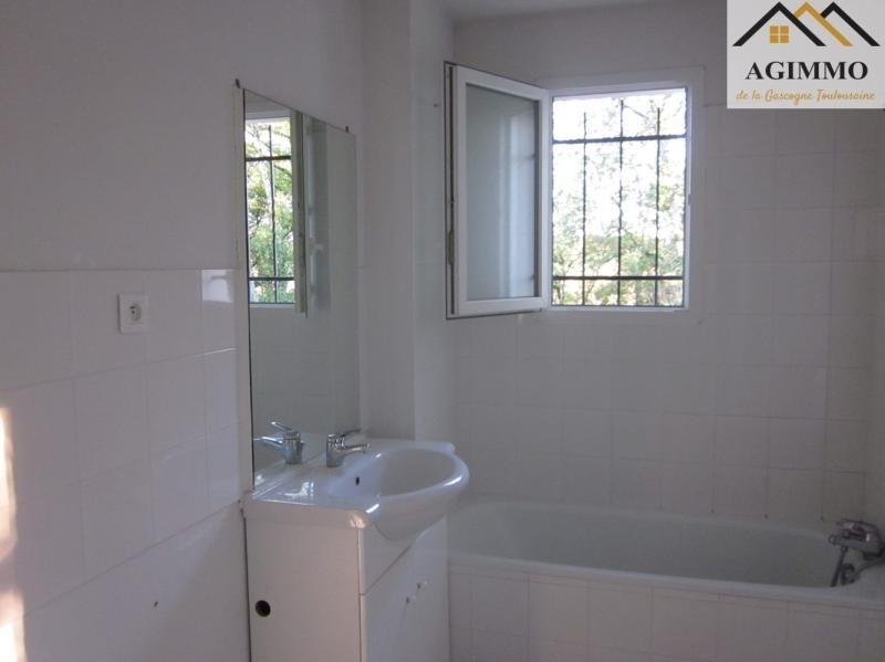 Sale house / villa L isle jourdain 175000€ - Picture 5