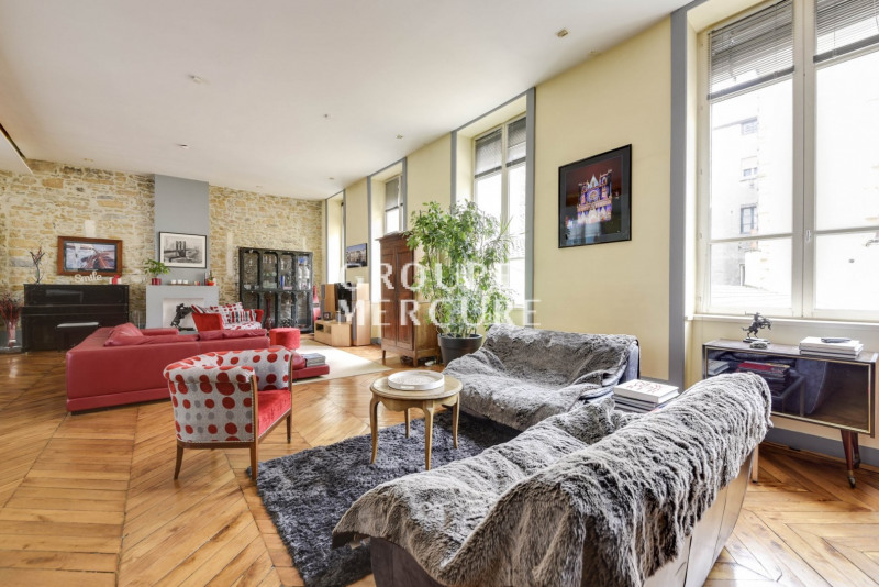 Very nice apartment of 255 m2 in a building of Soyeux