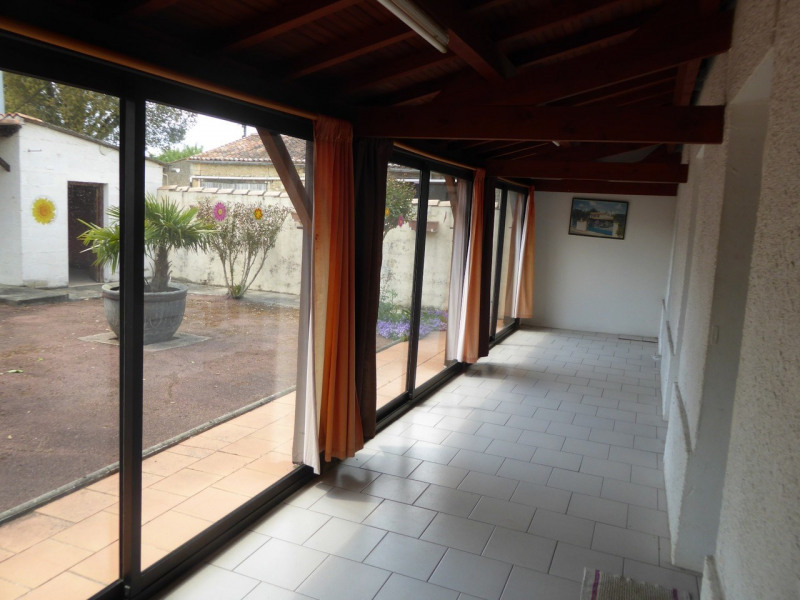 Sale house / villa Burie 117 480€ - Picture 4