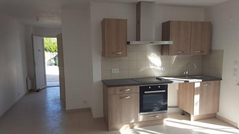 Rental apartment Peyrolles en provence 600€ CC - Picture 1