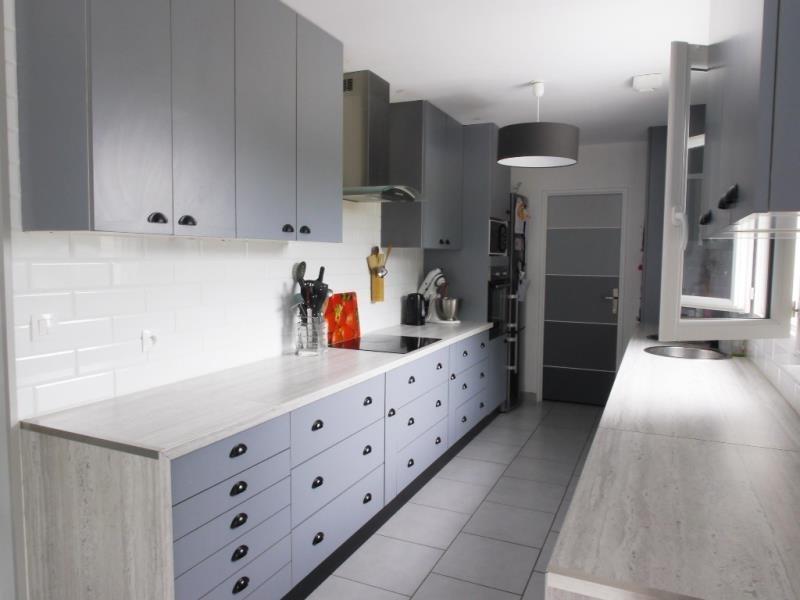 Sale house / villa St clair sur epte 268200€ - Picture 3