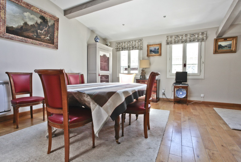 Deluxe sale apartment Neuilly-sur-seine 1525000€ - Picture 2