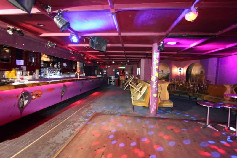 Sale empty room/storage Henin beaumont 131500€ - Picture 2
