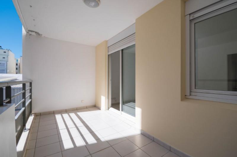 Location appartement Saint denis 384€ CC - Photo 1