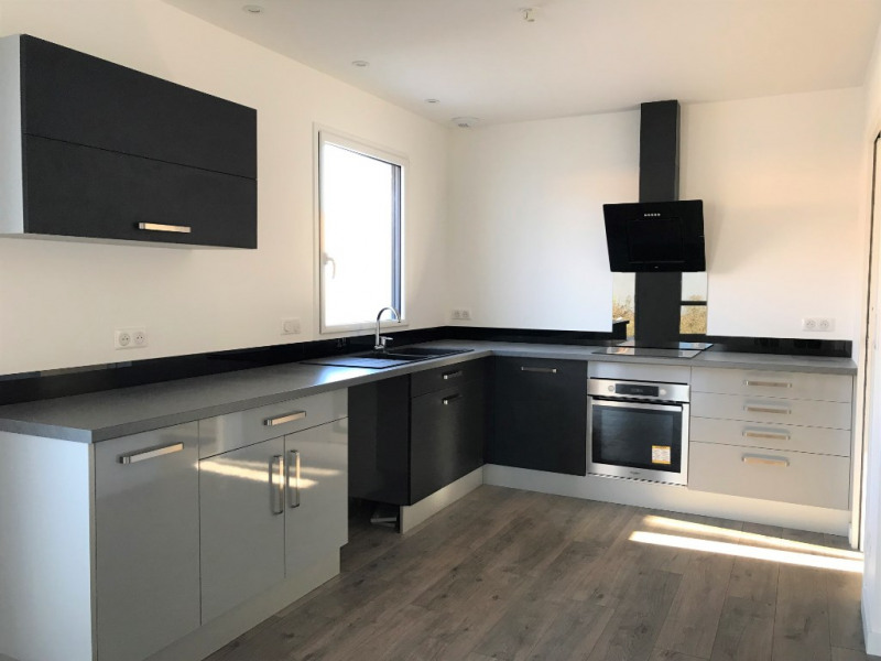 Sale house / villa La mothe achard 283500€ - Picture 3