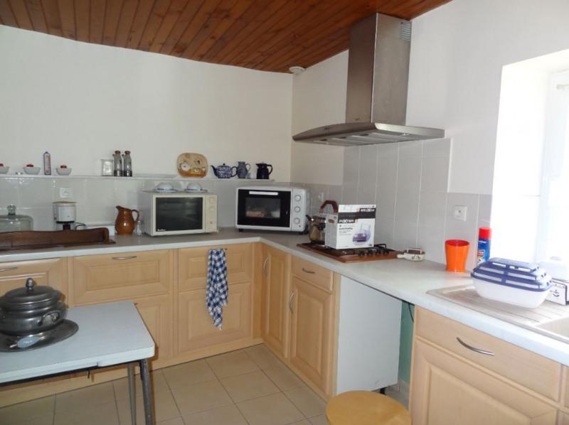 Sale house / villa Saint connan 85000€ - Picture 5