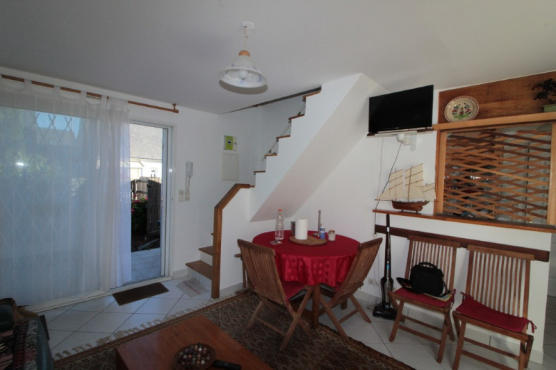 Location maison / villa Larmor plage 560€ CC - Photo 3
