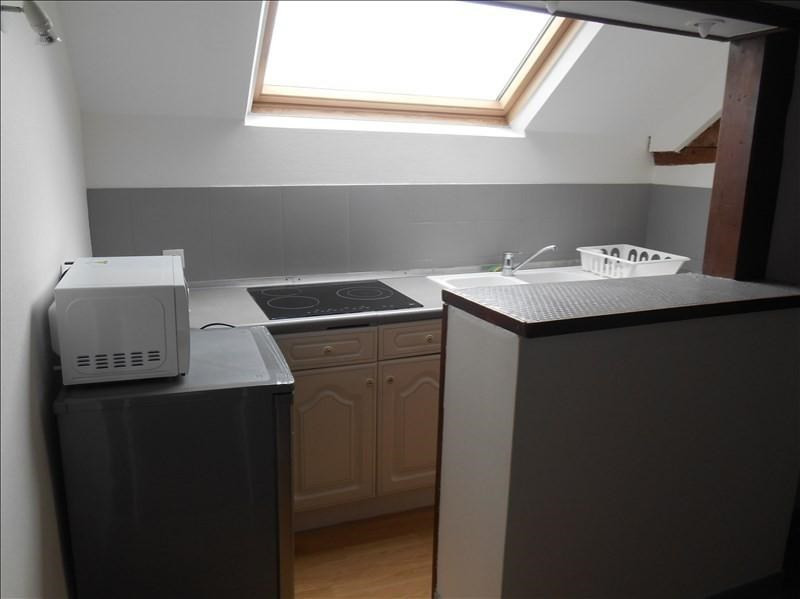 Location appartement Troyes 370€ CC - Photo 3
