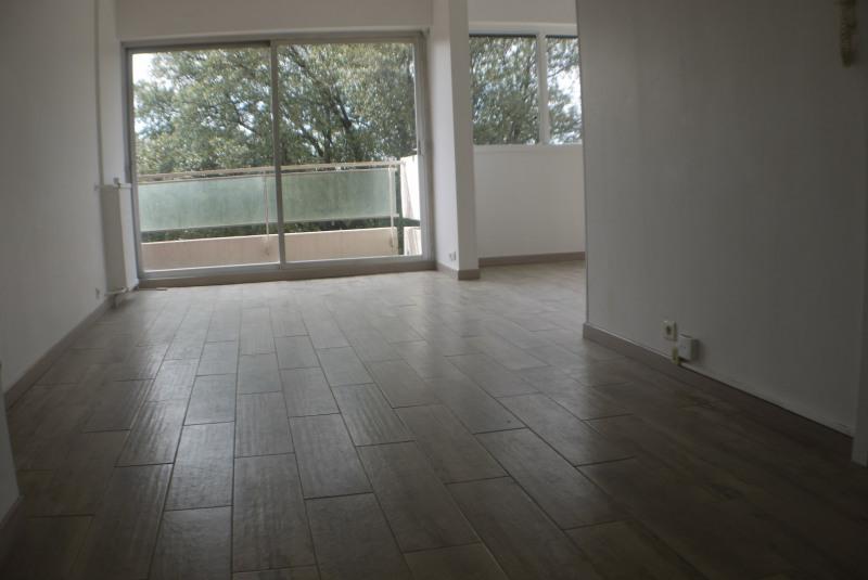 Location appartement Marseille 10ème 1200€ CC - Photo 1