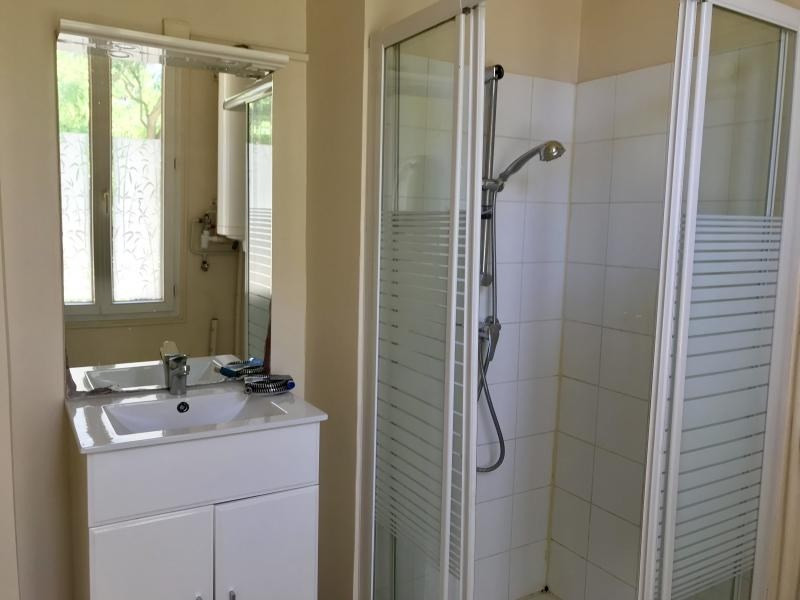 Location appartement Aix en provence 722€ CC - Photo 6