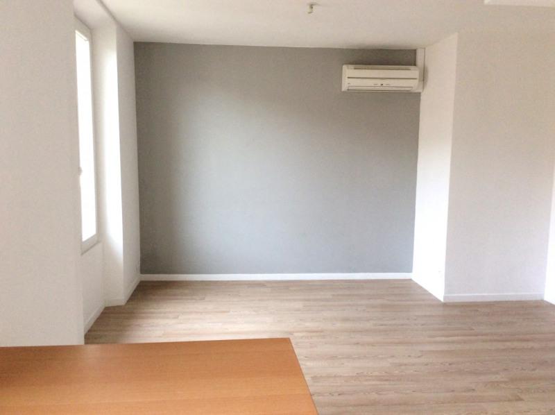 Rental apartment Saint-raphaël 590€ CC - Picture 2