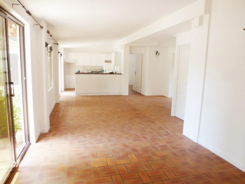 Location maison / villa Avignon 1300€ CC - Photo 3