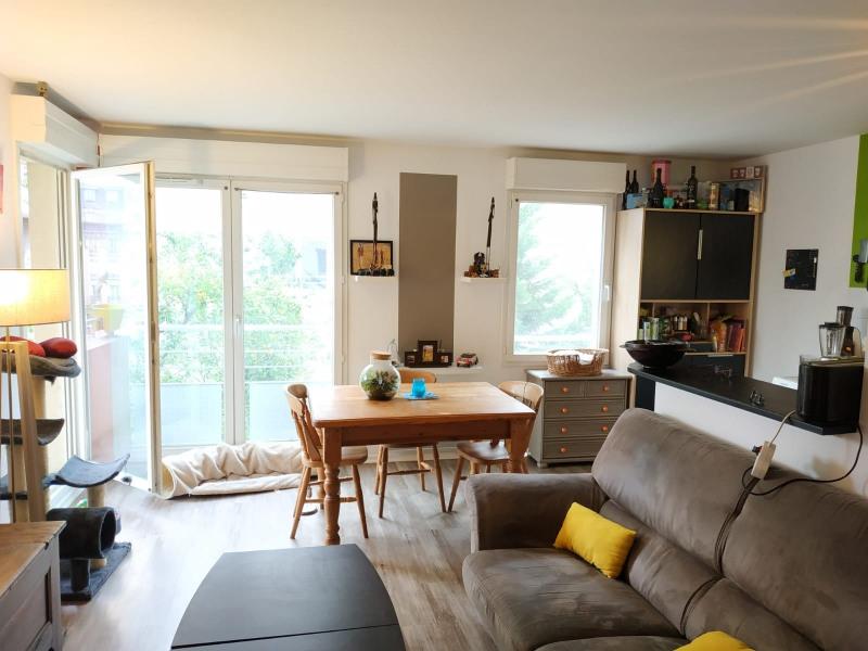 Rental apartment Saint-ouen 943€ CC - Picture 2