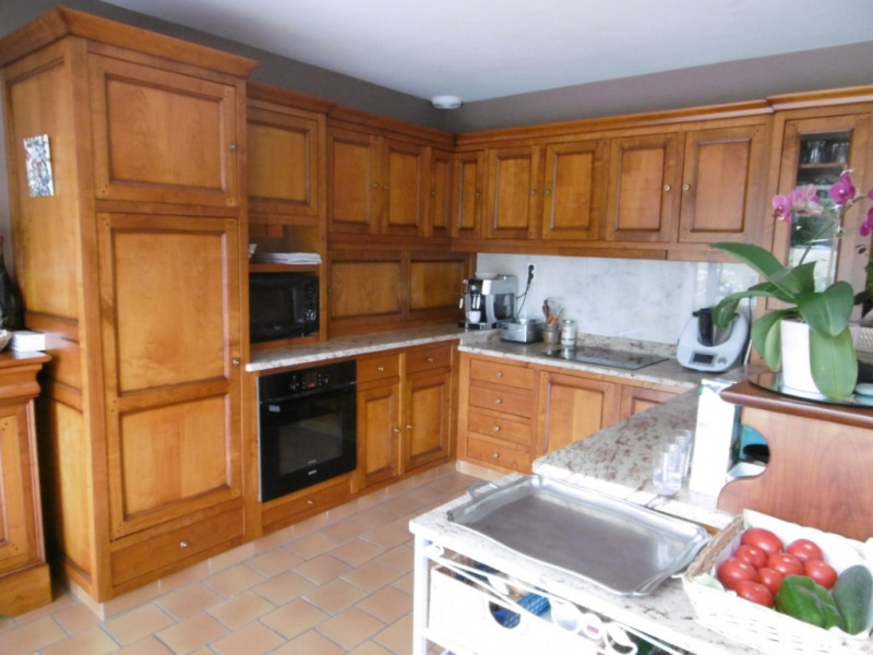 Sale house / villa Yvre l eveque 520 000€ - Picture 9