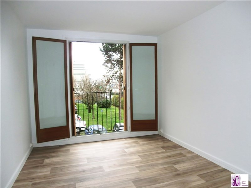 Location appartement Fresnes 850€ CC - Photo 3