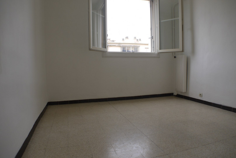 Sale apartment Marseille 10ème 112000€ - Picture 4