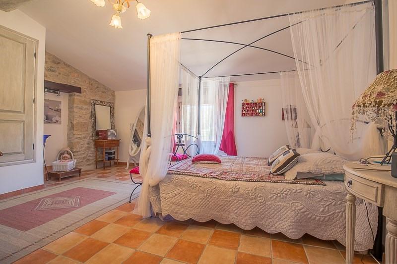 Deluxe sale house / villa Le puy ste reparade 798000€ - Picture 10