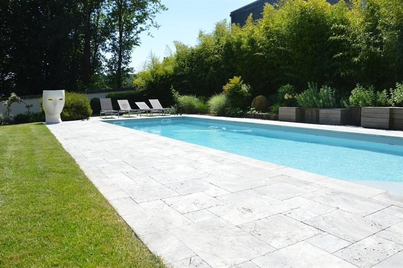 Deluxe sale house / villa Collonges-au-mont-d'or 1 690 000€ - Picture 4