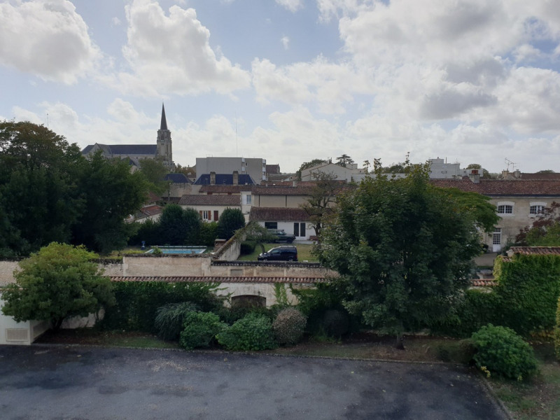 Location appartement Cognac 692€ CC - Photo 12