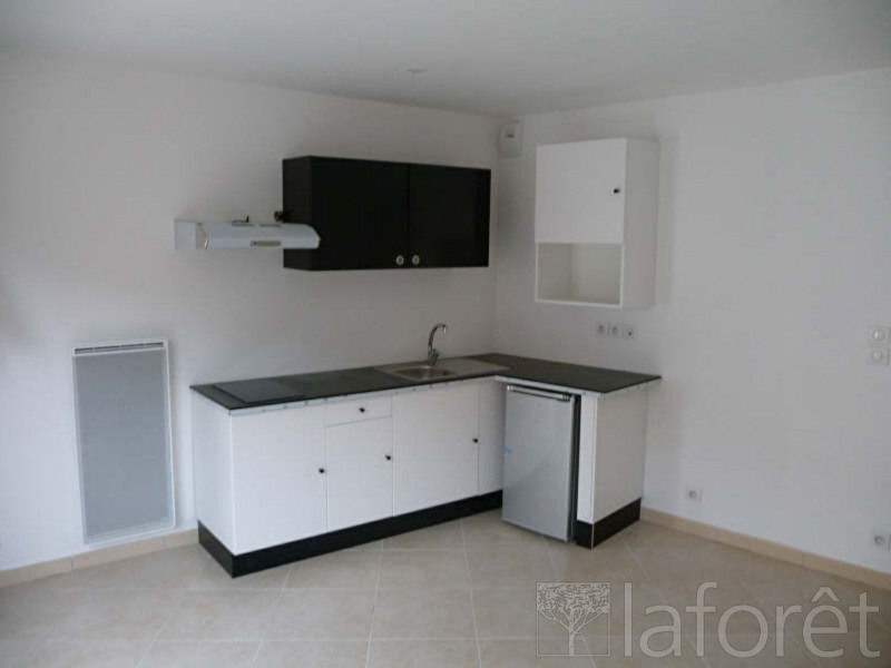 Location appartement Menton 544€ CC - Photo 2