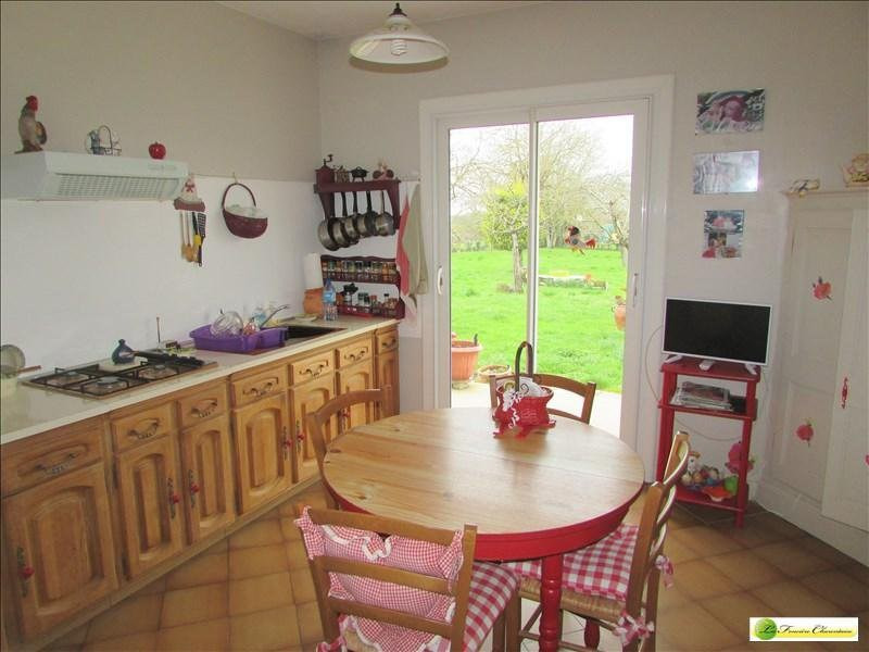 Vente maison / villa Villefagnan 170000€ - Photo 4