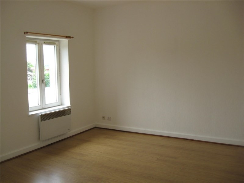Location appartement Balan 455€ CC - Photo 1