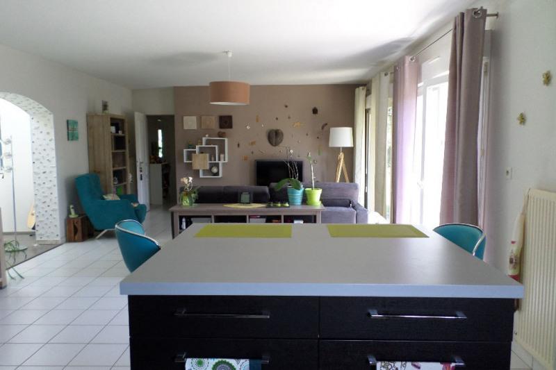 Sale house / villa Le passage 197000€ - Picture 3