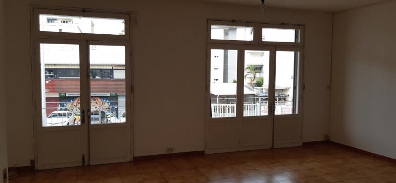 Vente maison / villa St denis 447000€ - Photo 8