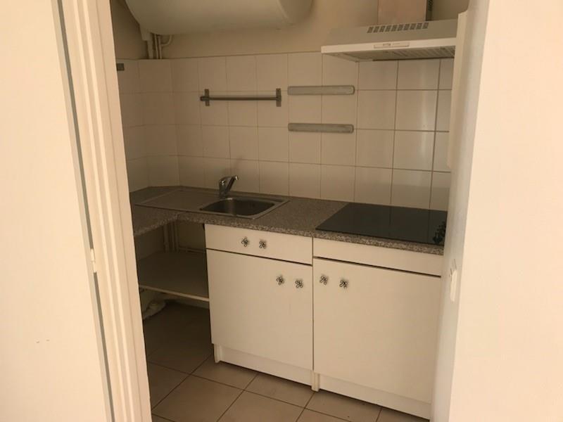 Location appartement Levallois perret 990€ CC - Photo 3