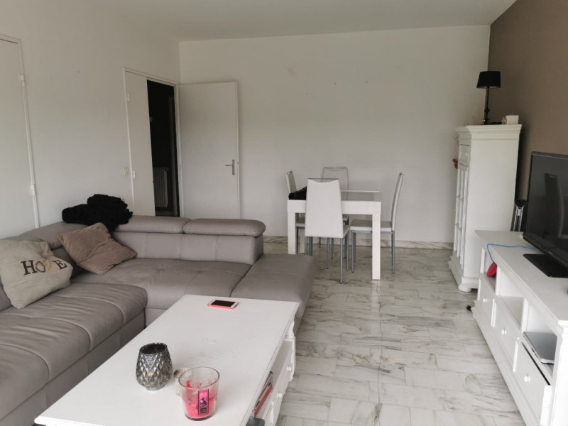 Rental apartment Aix en provence 1 250€ CC - Picture 2