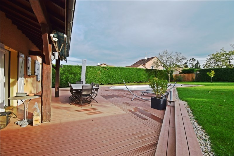 Sale house / villa Noailly 233000€ - Picture 1