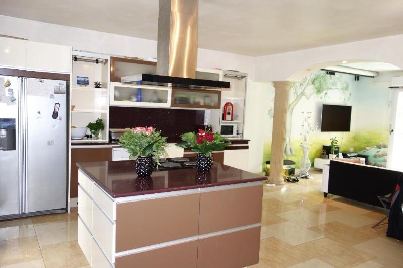 Sale house / villa Gouvernes 532000€ - Picture 4