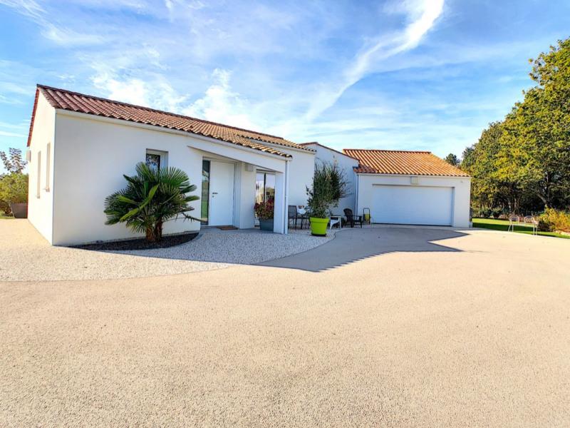 Sale house / villa La garnache 449000€ - Picture 11