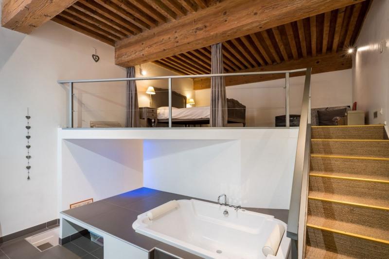 Vente de prestige loft/atelier/surface Lyon 1er 835000€ - Photo 9