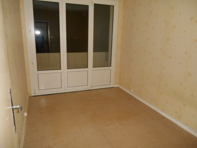 Rental apartment Saint quentin 640€ CC - Picture 4