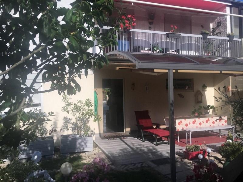 Sale house / villa Châlons-en-champagne 196400€ - Picture 1