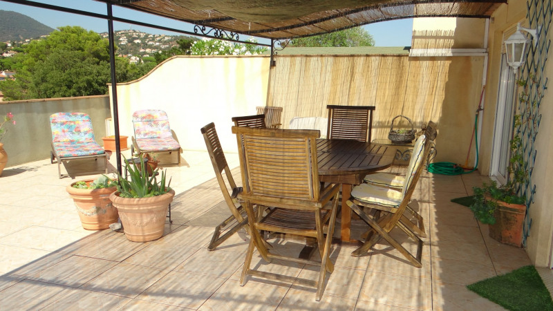 Location vacances appartement Cavalaire 700€ - Photo 7
