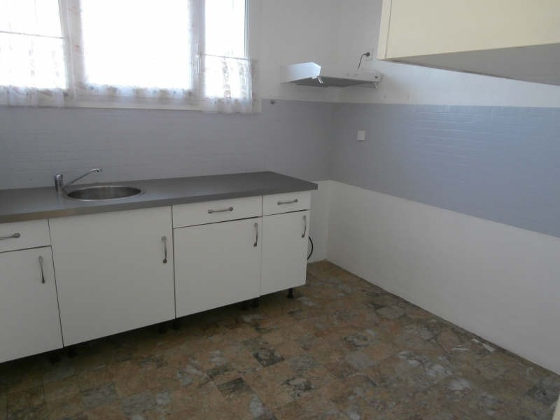 Verhuren  appartement Salon de provence 765€ CC - Foto 5