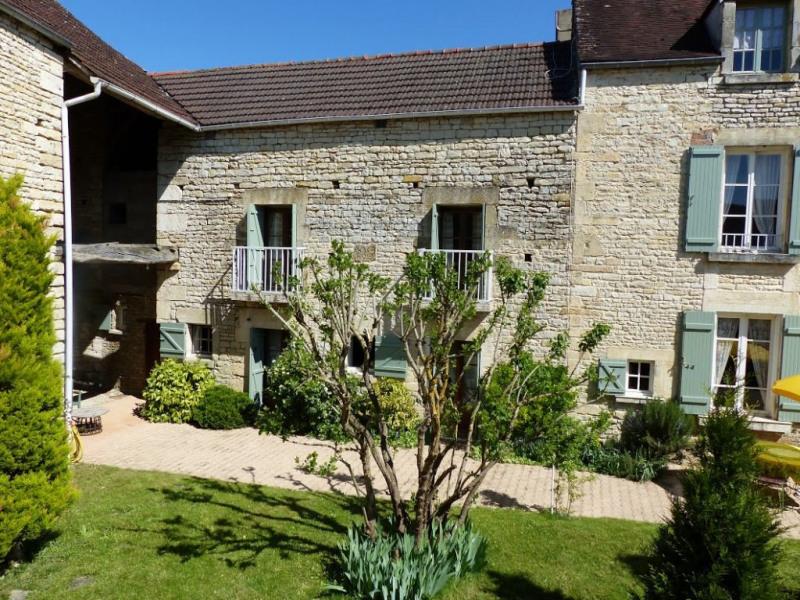 Vente maison / villa Stigny 240000€ - Photo 1