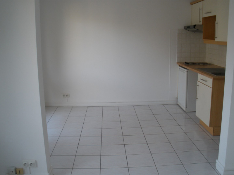 Location appartement Le chesnay 665€ CC - Photo 3