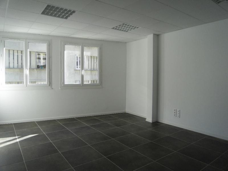 Rental office Bastia 1 800€ HT/HC - Picture 6